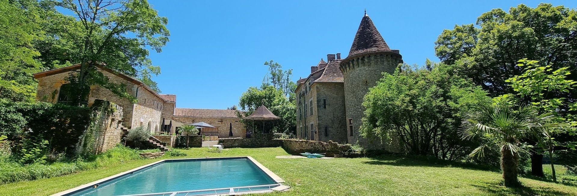 piscine chateau de saint dau